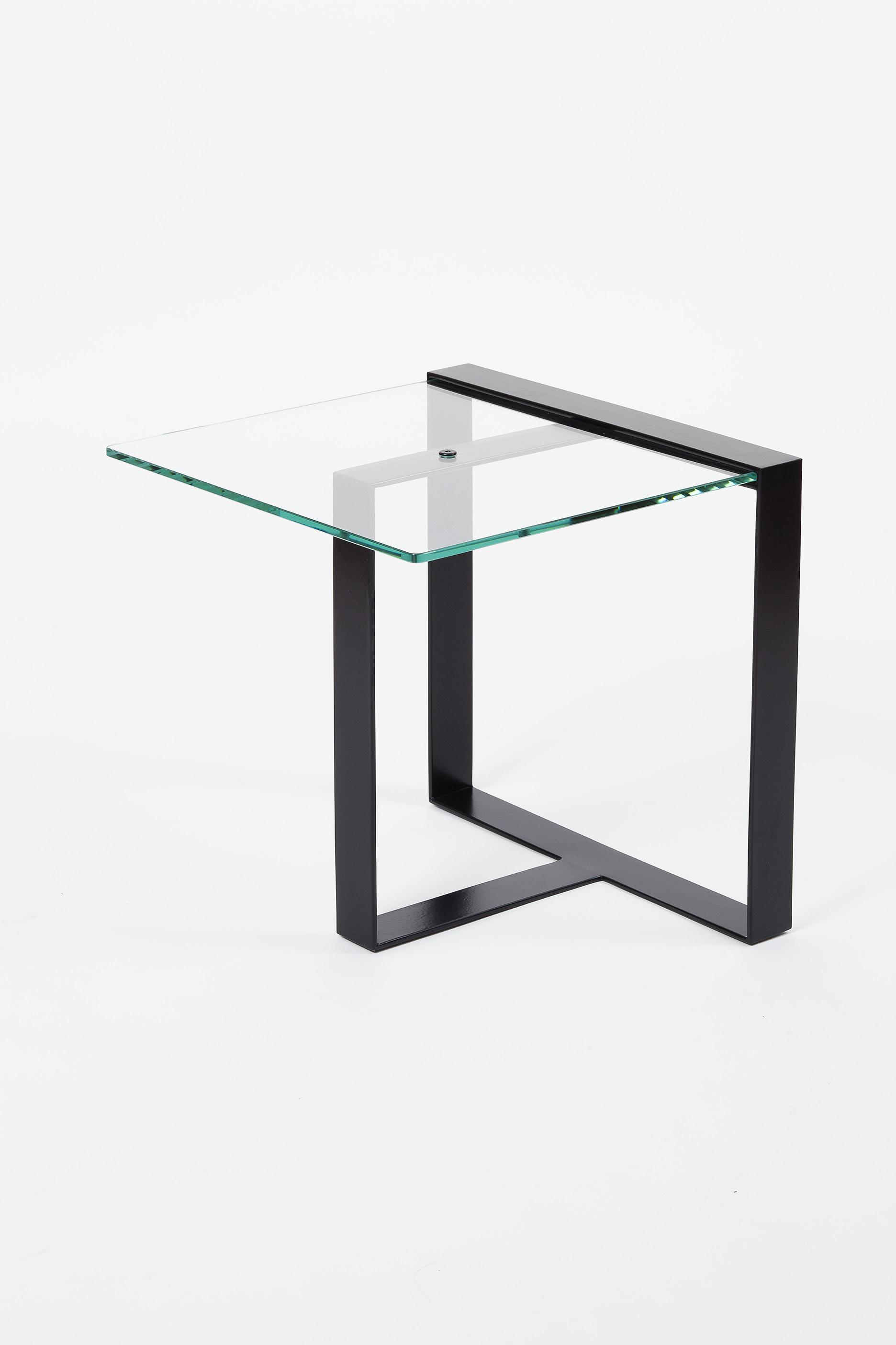 bout de canap design verre et m tal mobilier fait la main en europe