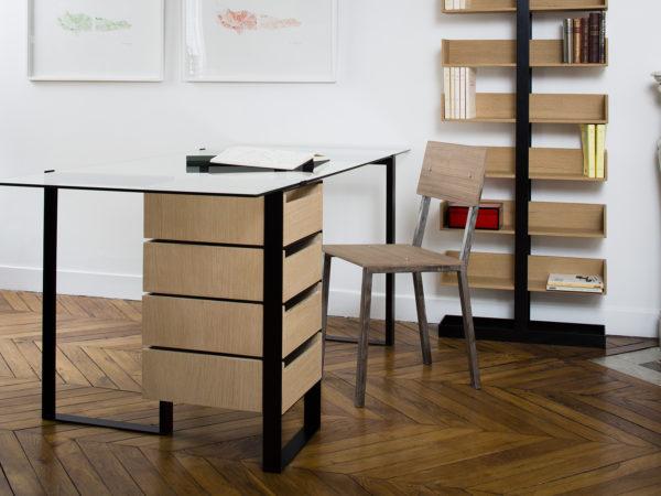 Bureau en verre, métal et bois