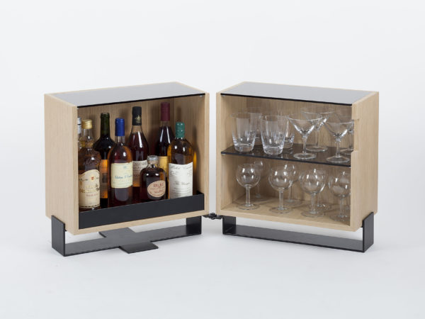 Liquor cabinet in wood and steel